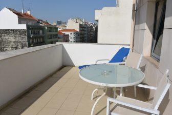 balcone-terrazza-hotel-camera-lisbona