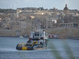 Malta, Valleta – ship, Feb.2013