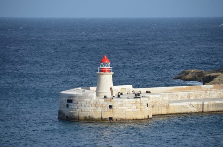 Malta, Valletta – light house, Feb.2013 (Valletta)