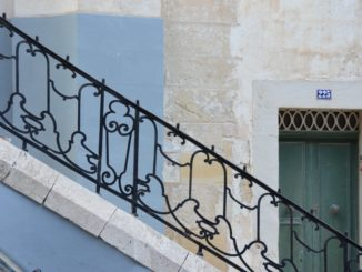 Malta, Valleta – railing, Feb.2013