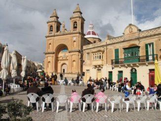 Malta, Marsaxlokk – ready for carnival, Feb. 2013