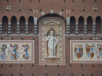 スフォルツェスコ城をさらっと