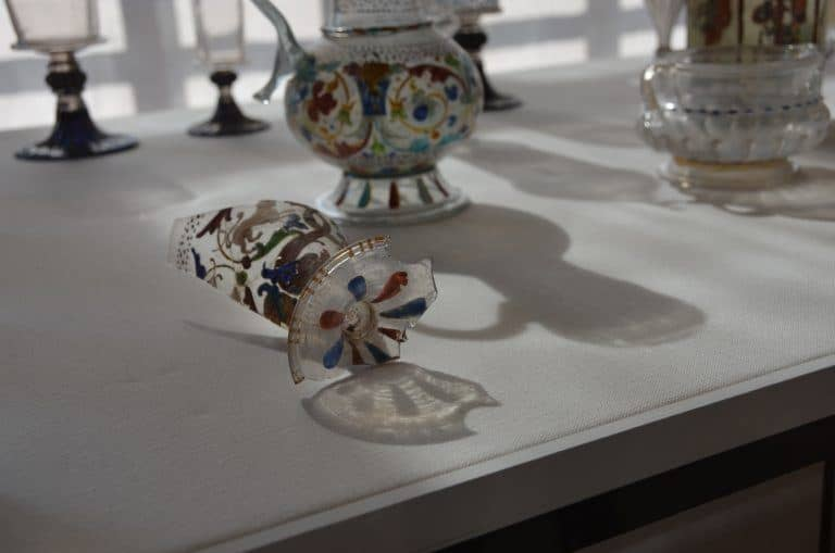 Murano, museum – shadows, Apr.2017 (Venice)