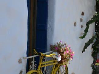 Greece, Naxos – yellow bicycle, Aug.2013