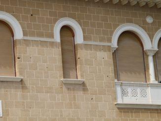 Archbishop's Palace – bullet holes, Mar.2015