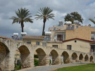 town – old aqueduct, Mar.2015