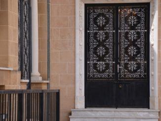 St.John's Cathedral – door, Mar.2015