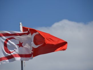 Salamis – two flags, Apr.2015