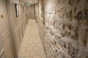 France-Paris-hotel-Hotel Alba Bastille-corridor