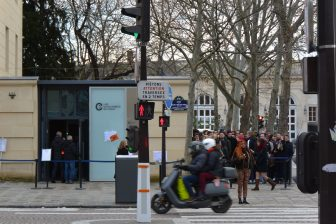 France-Paris-the Catacombs-entrance-people-traffic