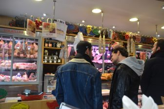 France-Paris-butcher-restaurant-Les Provinces Boucherie-Restaurant-shoppers