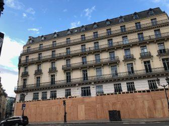 parigi-centro-gilet-gialli-protezioni