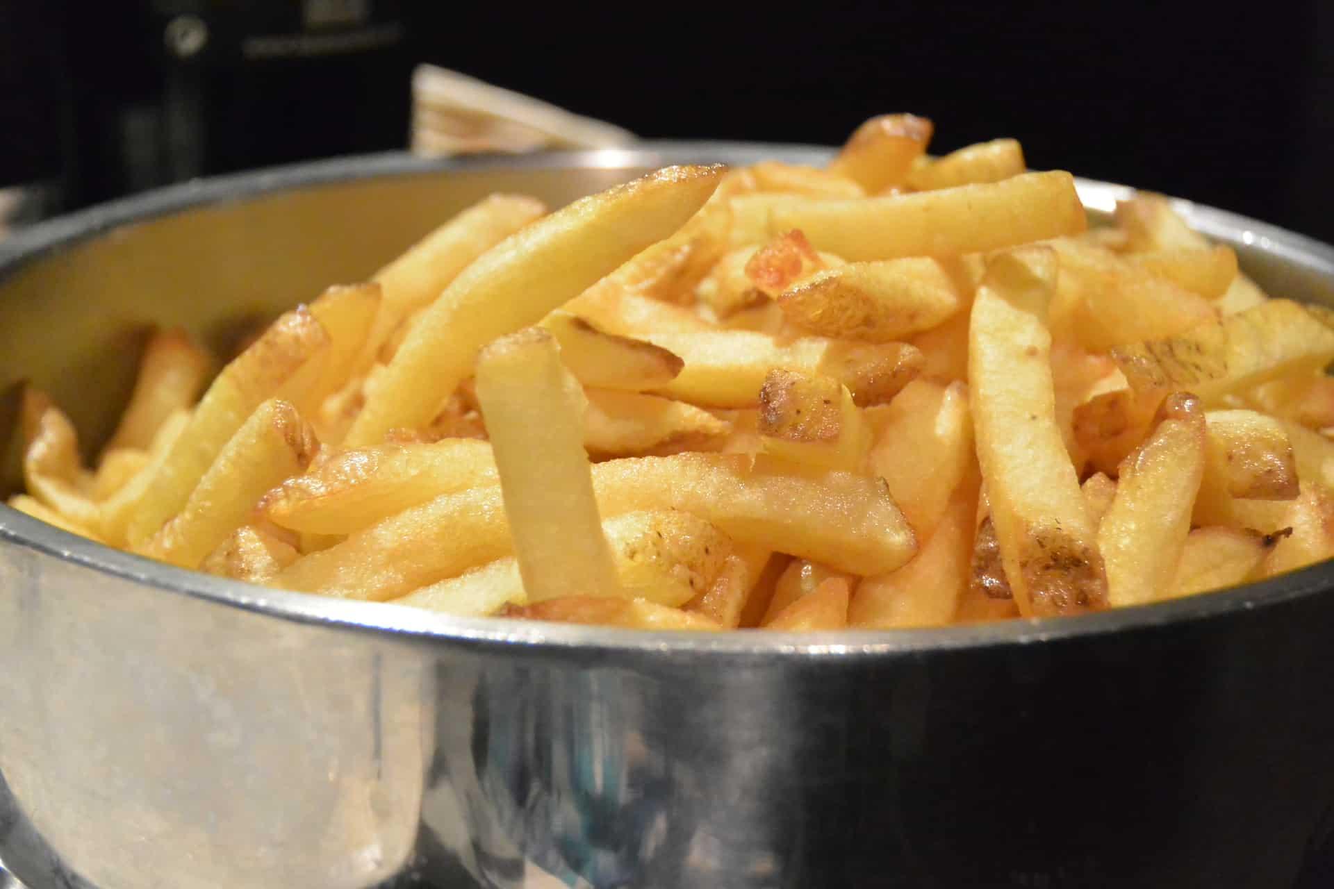 patatine-fritte-francese-parigi-ristorante