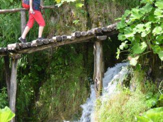 Croatia, Plitvice – red shorts, July 2014