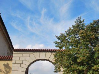 Czech, Prague – arch and sky, Sept.2013