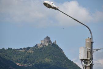 映画の舞台にもなったイタリアの修道院、サクラ・ディ・サン・ミケーレ
