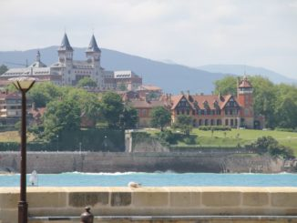 Spain, San Sebastian – houses on the other side, May 2014