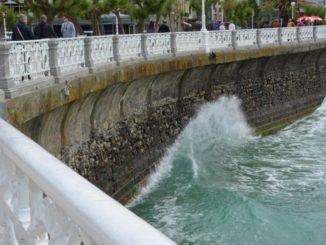 Spain, San Sebastian – wave and fence, May 2014