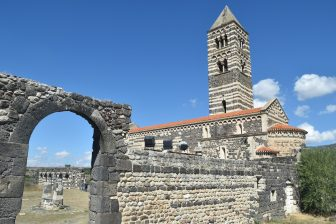 Sardegna-Codrongianos-Basilica di Saccarcia