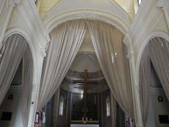 ソルフェリーノのサン・ピエトロ教会内部