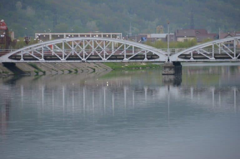 Romania, Taugu Jiu – railroad bridge, Apr. 2014 (Targu Jiu)