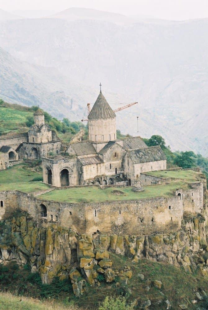 僻地の修道院