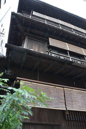 Tokyo – restaurant, old building, Aug.2016