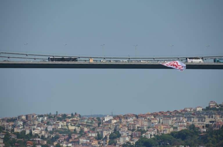 I pedoni non possono attraversare a Istanbul