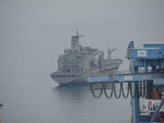 port – warship, Dec.2015