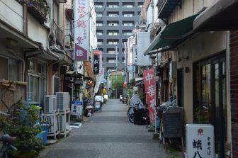 Yanaka – quieter street, Apr.2017