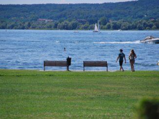 Sulla sponda del lago maggiore
