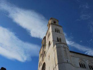 イタリア、アルタムーラ-教会 2011年