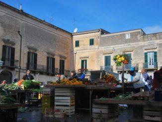 イタリア、アルタムーラ-市場 2011年