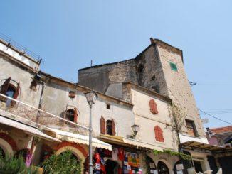 Mostar – buildings, Apr. 2009