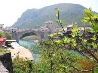 Mostar – view with bridge, Apr. 2009