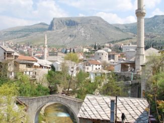 Mostar – view with minaret, Apr. 2009
