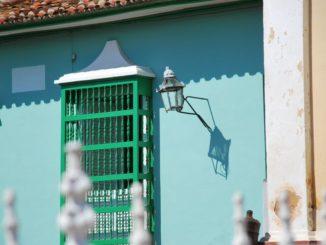 Cuba, Trinidad – lamp, spring 2010