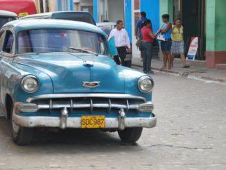 Cuba, Trinidad – car and people, spring 2010