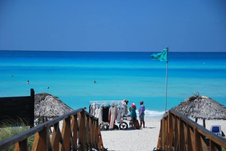 Cuba, Varadero – verso il mare, primavera 2010
