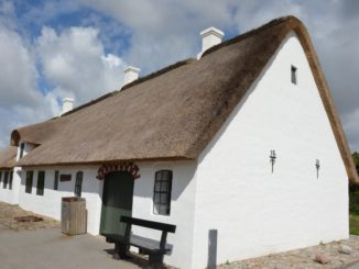 Denmark, Mando – thatched roof, July 2012