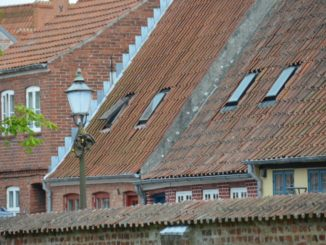 Denmark, Ribe – roofs and lamp, July2012