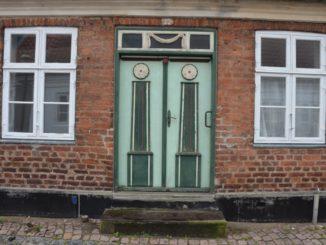 Denmark, Ribe – old green door, July2012