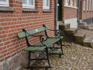 Denmark, Ribe – green bench, July 2012