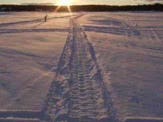 フィンランド、イナリ-夕日 2006年