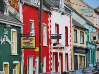 Ireland, Dingle – red house, July 2011