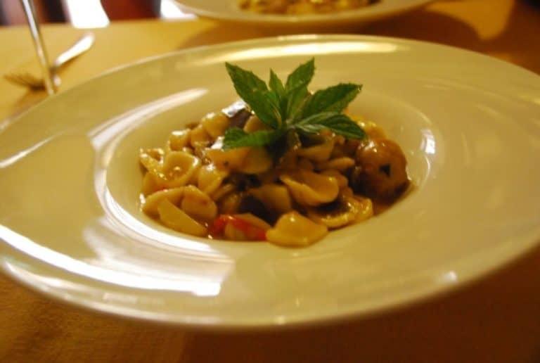 Orecchietta tipica pasta pugliese
