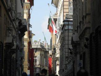 Via Garibaldi in centro a Genova
