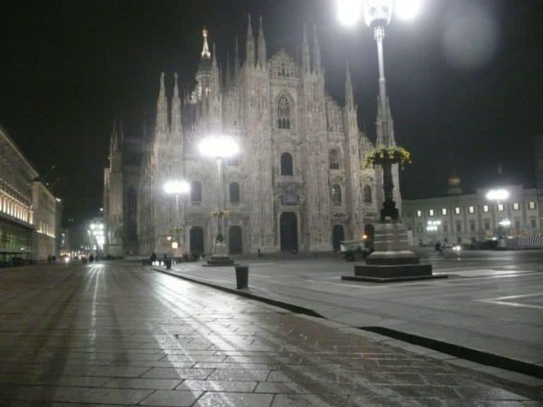 ミラノの夜の静寂