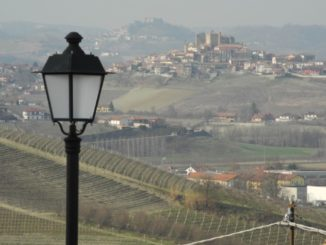 Langhe, lamp and the view