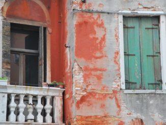 Italy, Venice – old green window, Nov. 2012
